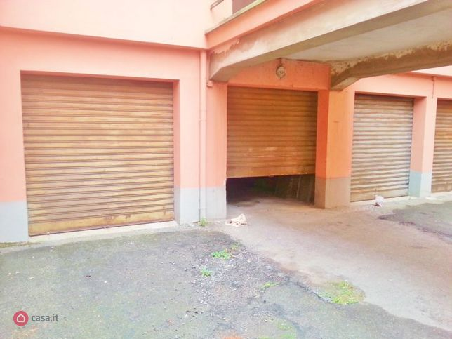 Garage/box auto in affitto Biella