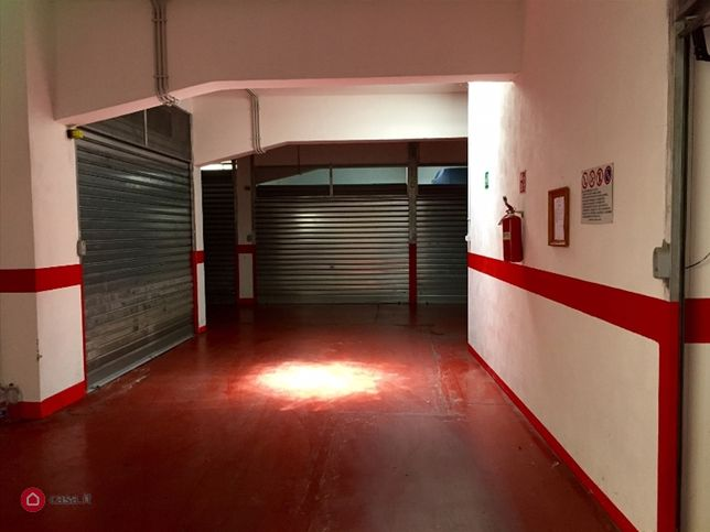 Garage/box auto in vendita Frascati