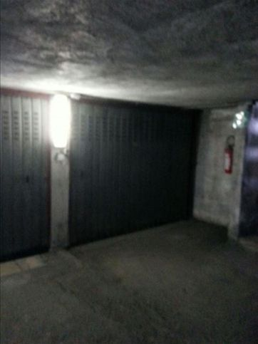 Garage/box auto in vendita Via Roma 139, Guidonia Montecelio