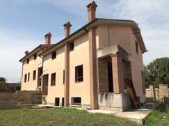 Villa in Residenziale