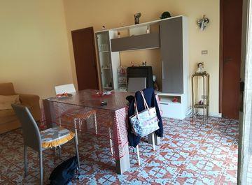 Appartamento a Palmi su Casa.it