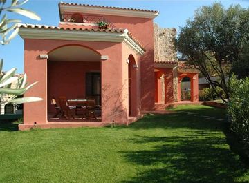 Villa in Via Omodeo a San Teodoro su Casa.it