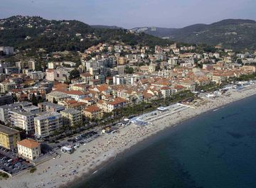 Appartamento a Finale Ligure su Casa.it