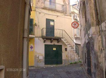 Monolocale in via cavallotti 23 a Bronte su Casa.it