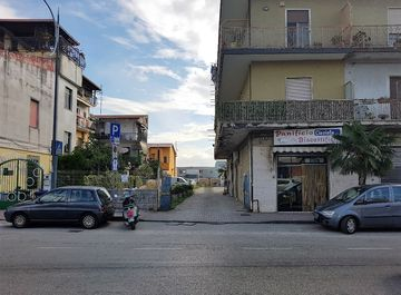 Magazzino in Via Rosa Jemma a Battipaglia su Casa.it