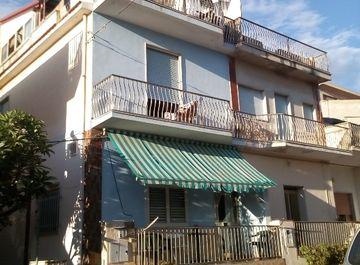 Casa indipendente in VIA BEATRICE 13 a Scicli su Casa.it