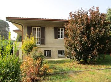 Villa in Via Battisti 6 a Giussano su Casa.it