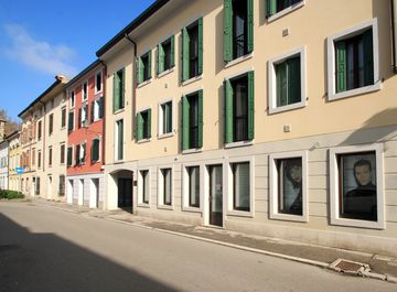 Locale commerciale in Via Battisti 13 a Gradisca d'Isonzo su Casa.it