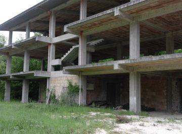 Terreno edificabile a Civitella Roveto su Casa.it