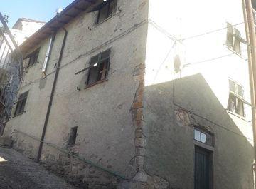 Casa indipendente in zona Torpiana a Zignago su Casa.it