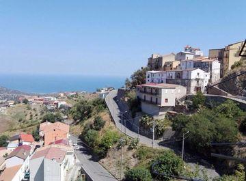 Appartamento in zona San Morello a Scala Coeli su Casa.it