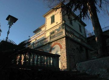 Villa in VIA PRIMA CAPPELLA a Varese su Casa.it