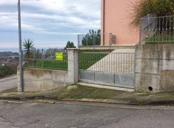 Appartamento in zona Abbadetta a Acquaviva Picena su Casa.it