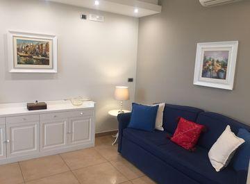 Appartamento in Via Battistello Caracciolo 16 a Napoli su Casa.it