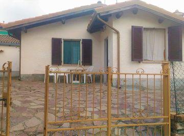 Villa a Fabbrica Curone su Casa.it