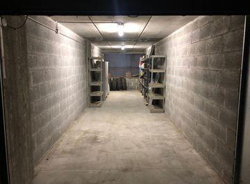 Garage, posti auto con ascensore in vendita a Terni in ...