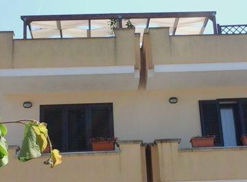 Albergo in via S. Quasimodo 12 a Sannicola su Casa.it