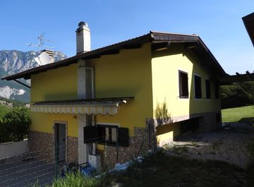 Villa a Cavedine su Casa.it