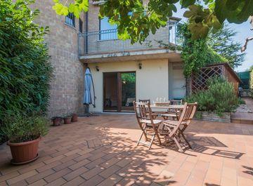 Villa in Via Chiaravallese a Osimo su Casa.it