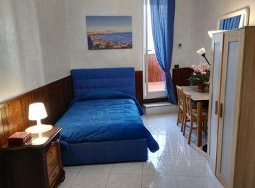 Appartamento in via dei cristallini 13 a Napoli su Casa.it