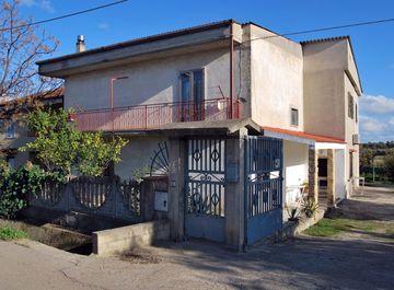 Casa indipendente in Via Beata Savina 3 a Crotone su Casa.it