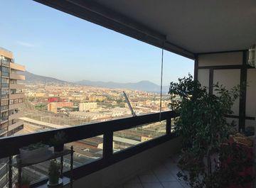 Case con ascensore in vendita a napoli in zona napoli for Case in vendita napoli centro
