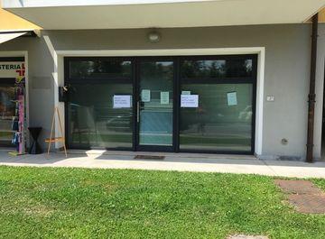 Negozio in via Adamo Zanetti 5 a Fiumicello Villa Vicentina su Casa.it
