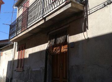 Casa indipendente a Laureana di Borrello su Casa.it