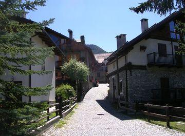 Appartamento in zona Bousson a Cesana Torinese su Casa.it