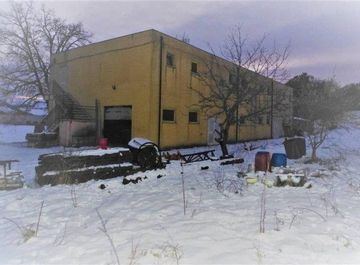 Immobili commerciali in vendita in provincia di Macerata da