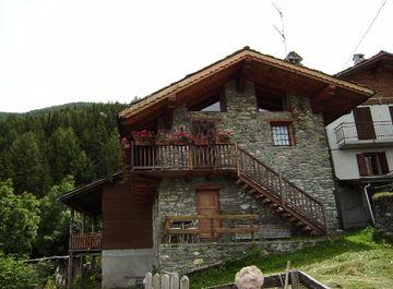 Baita/Chalet/Trullo in Frazione Turlin a Aymavilles su Casa.it