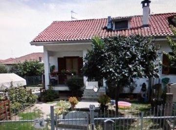 Villa in via roma 53a a Alluvioni Piovera su Casa.it