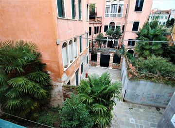 Appartamento in zona Cannaregio a Venezia su Casa.it