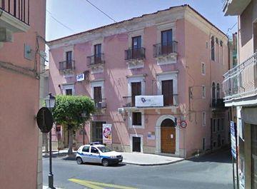Palazzo in via g. di Vita 14-16-18 a Comiso su Casa.it