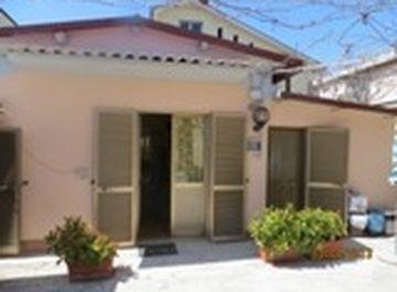 Casa indipendente in viale marconi 318 a Alba Adriatica su Casa.it