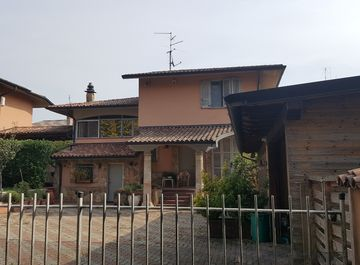 Villa a Somaglia su Casa.it