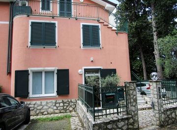 Appartamento in Via D. H. Lawrence 11 a Lerici su Casa.it