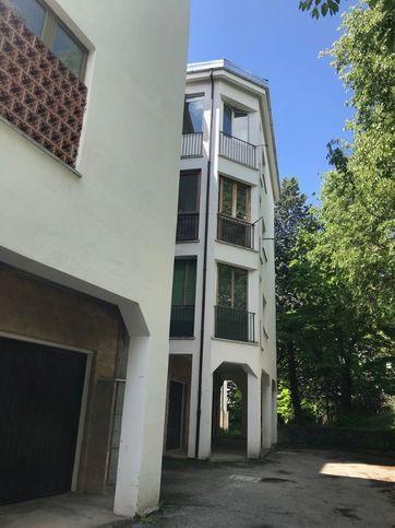 Appartamento in vendita via Enrico Casti 10, L'Aquila