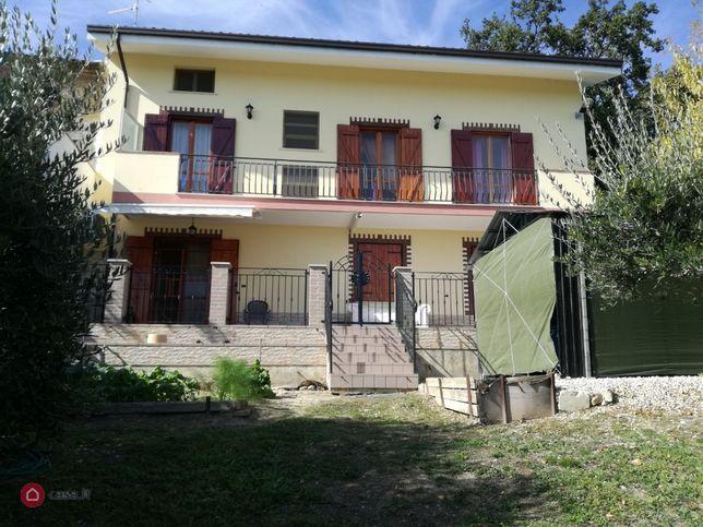 Casa bi/trifamiliare in vendita , Ortona