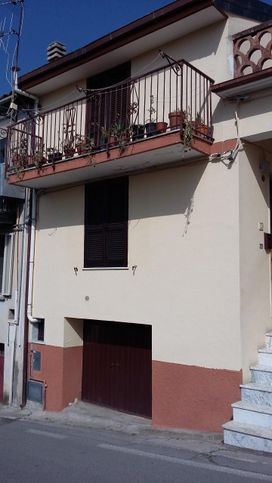 Casa indipendente in vendita via Regina Margherita, Nemoli