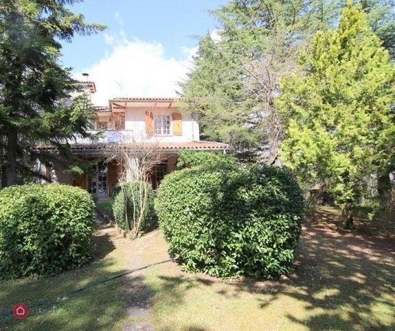 Villa in vendita Via Salvatore Piacentino snc, L'Aquila