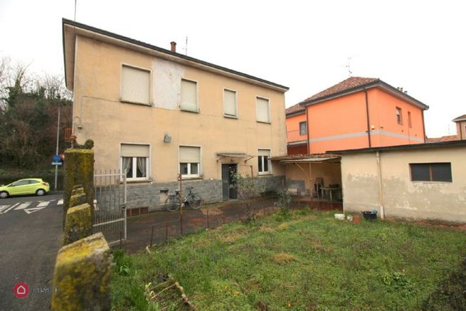 Villa in vendita a rho via locatelli 34810665 for Case in vendita rho