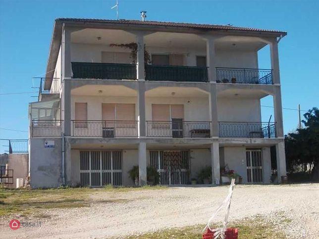 Appartamento in vendita Poggiofiorito