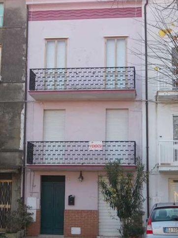 Casa indipendente in vendita Via A. Rosica, Orsogna
