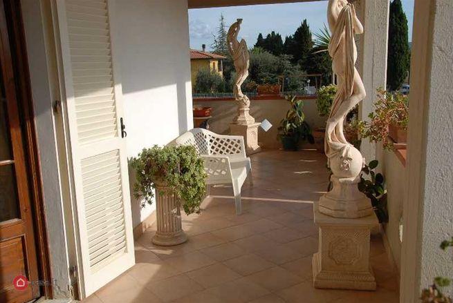 Appartamento in vendita a campiglia marittima casa for Piani di casa capannone