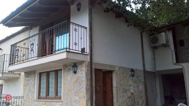 Casa indipendente in vendita via Case Mastrorenzo 14, Pescosansonesco