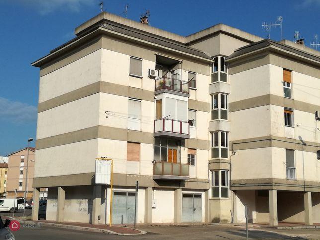 Appartamento in vendita via gian lorenzo cardone 2, Matera