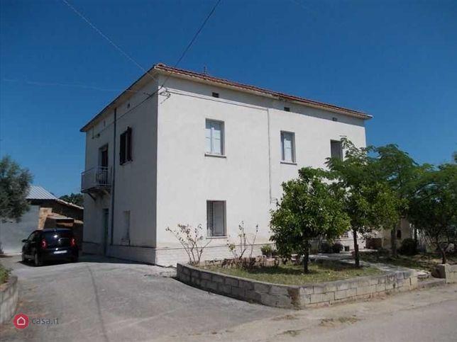 Casa indipendente in vendita Canosa Sannita