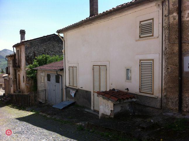 Casa indipendente in vendita via capo le case 11, Gagliano Aterno