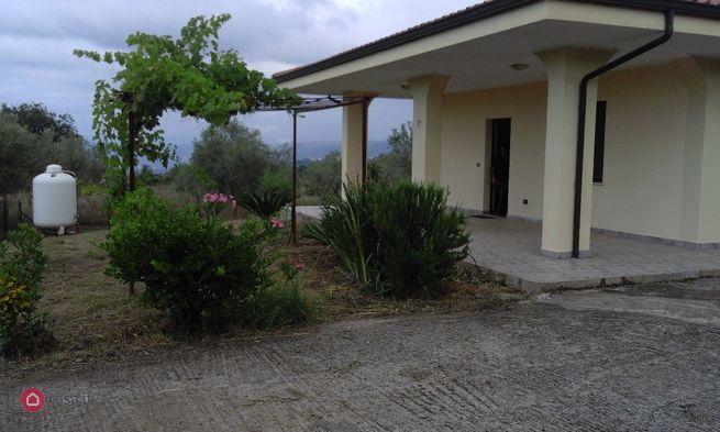 Villa in affitto Zambrone